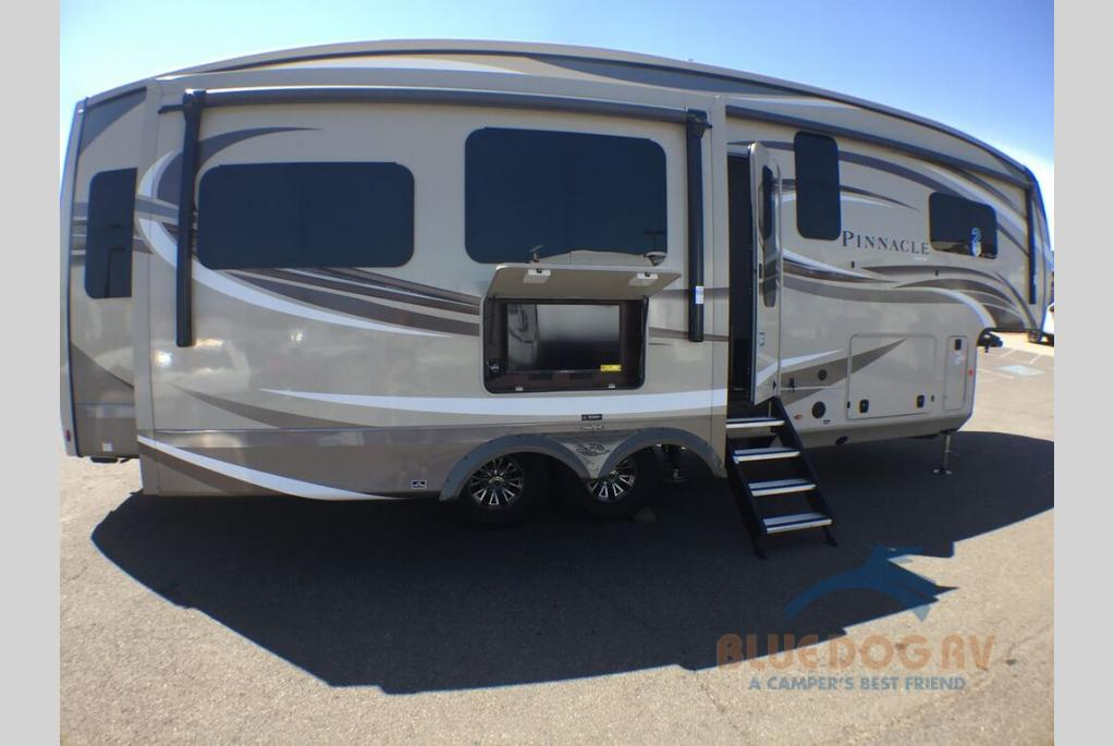 New 2020 Jayco Pinnacle 32RLTS Fifth Wheel For Sale at Blue