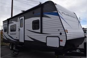 New 2018 Dutchmen RV Rubicon 251XLT Photo