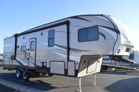 New 2018 Keystone RV Hideout 262RES Photo