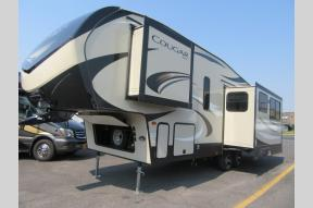 New 2019 Keystone RV Cougar Half-Ton Series 27RLSWE Photo
