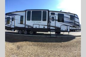 New 2019 Keystone RV Fuzion 419 Photo