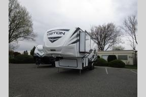 New 2018 Dutchmen RV Voltage V2951 Photo