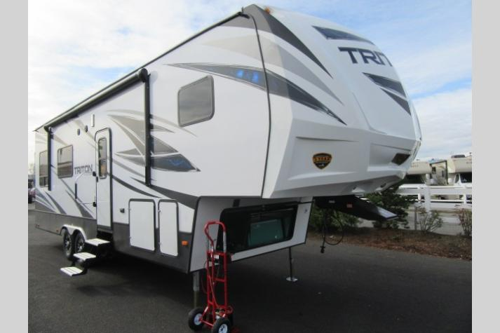 New Toy Haulers For Sale in WA, ID, OR, NV | Blue Dog RV