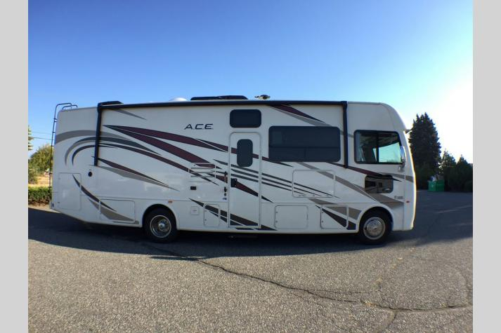 Thor Motor Coach ACE Motor Home Class A For Sale in Washington