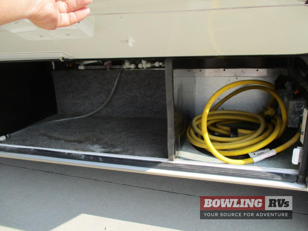 Used 2007 Winnebago Outlook 29b Motor Home Class C At Bowling Rvs Ac Wiring Next
