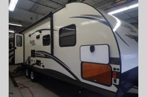 New 2019 Gulf Stream RV Cabin Cruiser 28CRB Photo