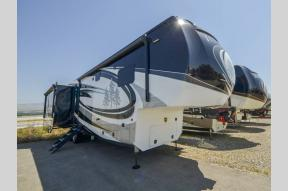 New 2019 Redwood RV Redwood 396RK Photo