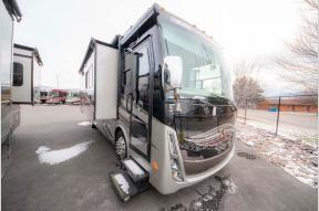 Used 2017 Tiffin Motorhomes Allegro Breeze 31 BR Photo