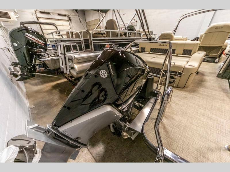 2021 Barletta boat for sale, model of the boat is L-Class L23UC & Image # 6 of 20