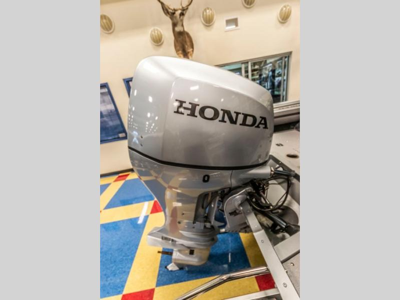 2021 Smoker Craft boat for sale, model of the boat is Ultima 182 & Image # 13 of 16