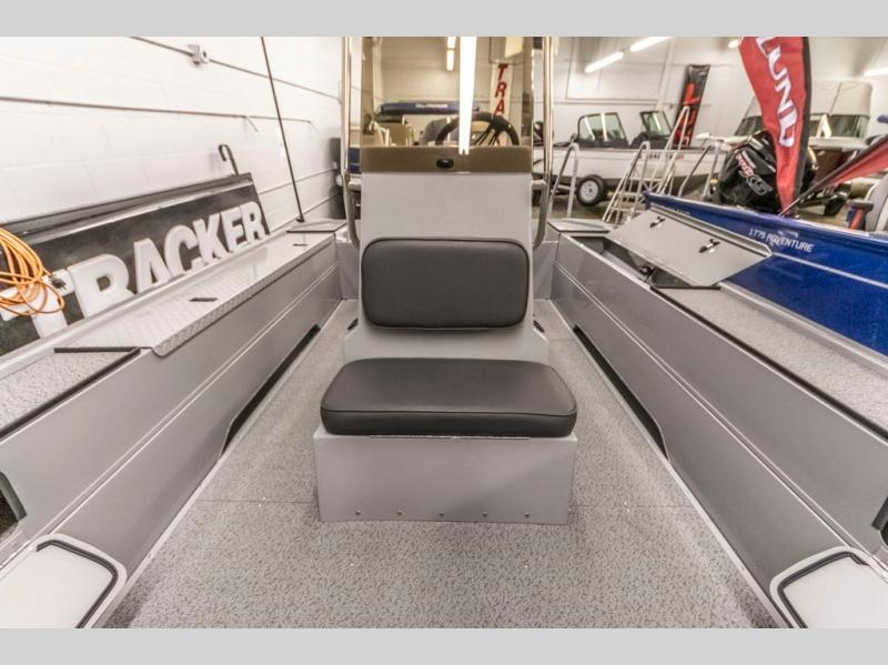 2021 Smoker Craft boat for sale, model of the boat is Sportsman 1866 Pro & Image # 3 of 12