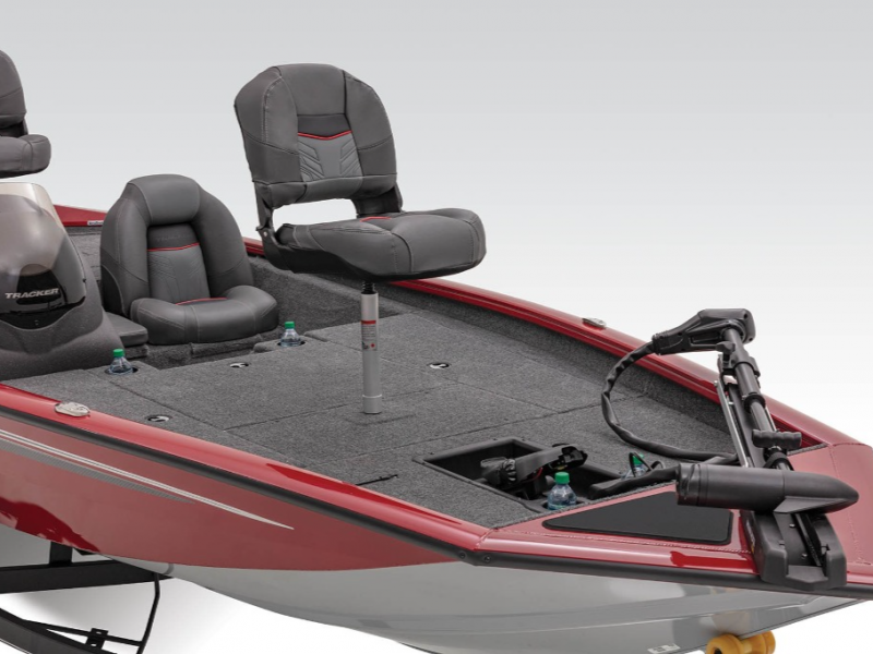 2021 Tracker Boats boat for sale, model of the boat is Pro Team 175 TXW & Image # 3 of 6