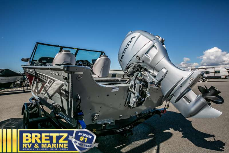 2021 Smoker Craft boat for sale, model of the boat is Pro Angler 162 & Image # 6 of 15