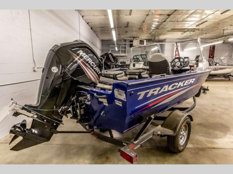 2017 Tracker Boats boat for sale, model of the boat is Pro Guide V-16 WT & Image # 7 of 14