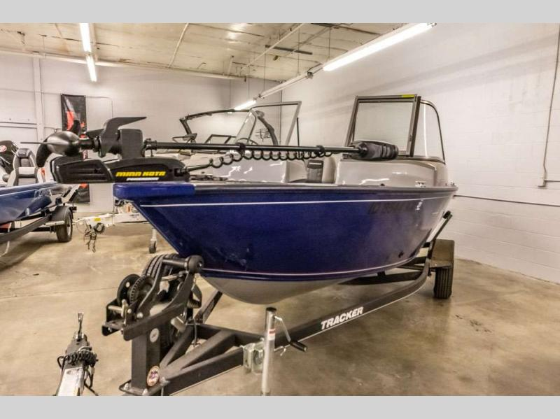 2017 Tracker Boats boat for sale, model of the boat is Pro Guide V-16 WT & Image # 6 of 14