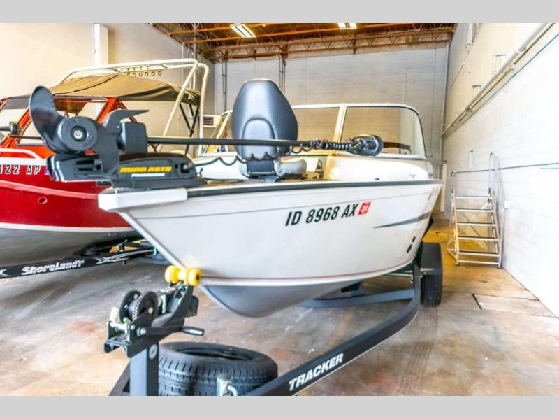2018 Tracker Boats boat for sale, model of the boat is Pro Guide V-165 WT & Image # 4 of 24