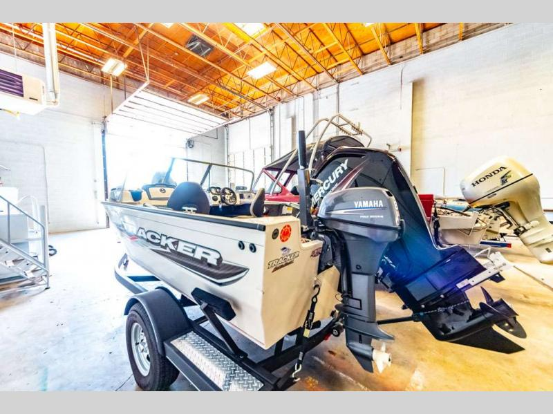 2018 Tracker Boats boat for sale, model of the boat is Pro Guide V-165 WT & Image # 5 of 24