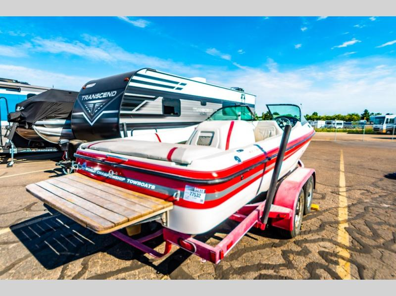 2000 Centurion Boats boat for sale, model of the boat is Eclipse 20 & Image # 5 of 22