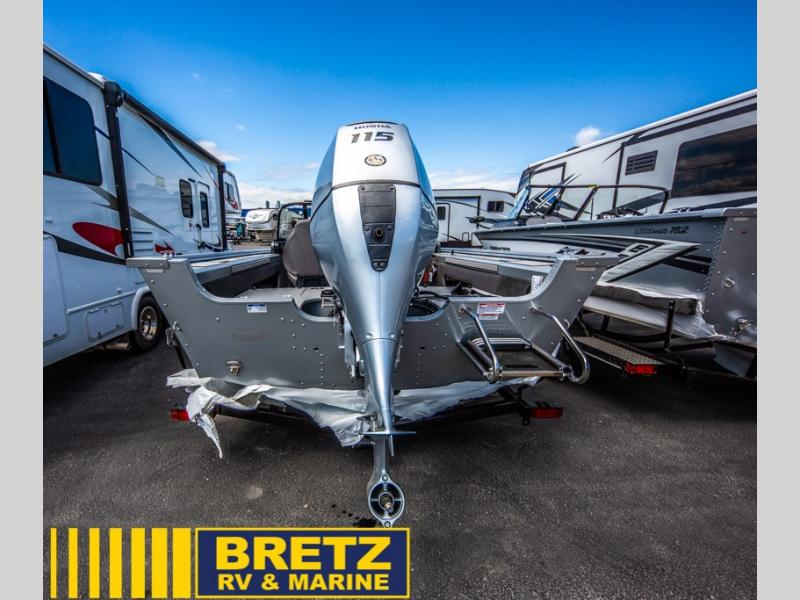 2022 Smoker Craft boat for sale, model of the boat is Ultima 172 & Image # 6 of 12