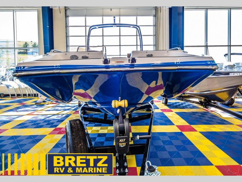 2021 Starcraft boat for sale, model of the boat is SCX Surf Series 211 l/O Surf & Image # 3 of 17