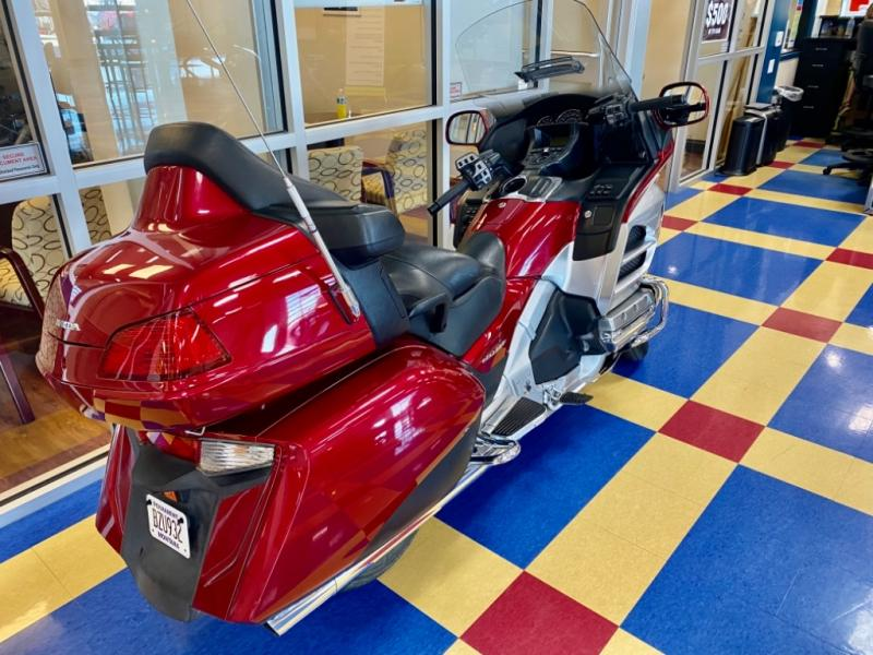 2012 Honda boat for sale, model of the boat is Gold Wing GL1800 & Image # 5 of 10