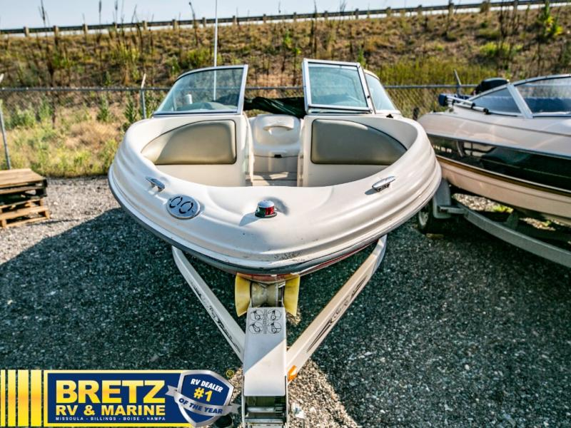 2005 Sea Ray boat for sale, model of the boat is Sport 180 & Image # 2 of 15