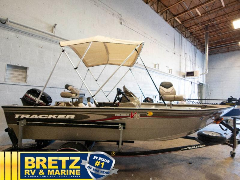2003 Tracker Boats boat for sale, model of the boat is Tracker Pro Guide V16SC & Image # 3 of 14