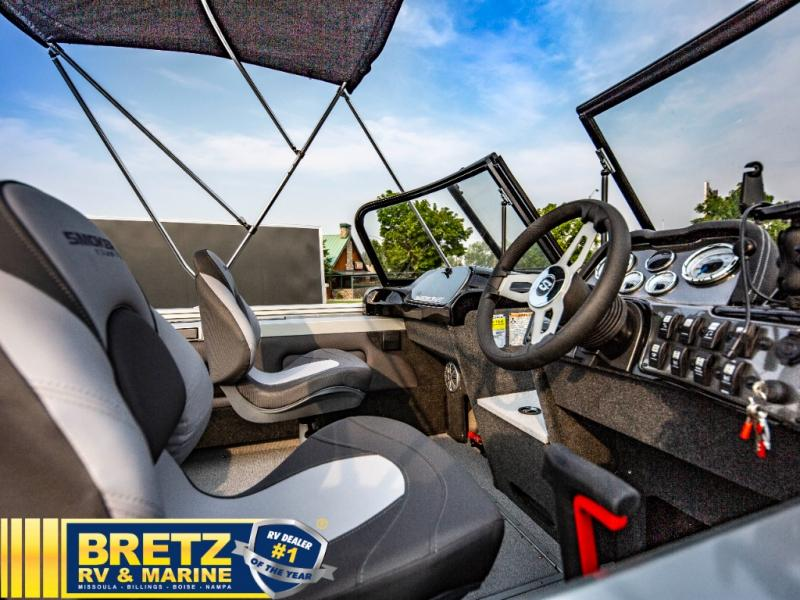 2022 Smoker Craft boat for sale, model of the boat is Pro Angler 182 XL & Image # 15 of 18