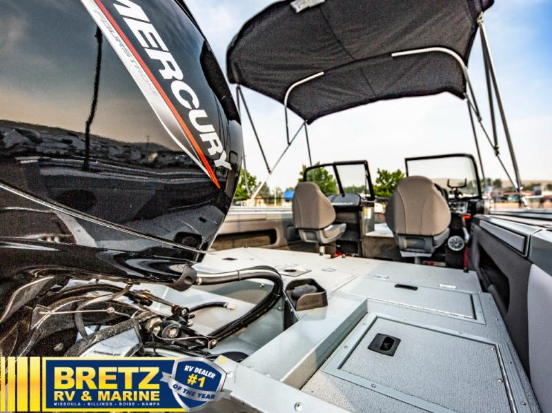 2022 Smoker Craft boat for sale, model of the boat is Pro Angler 182 XL & Image # 13 of 18