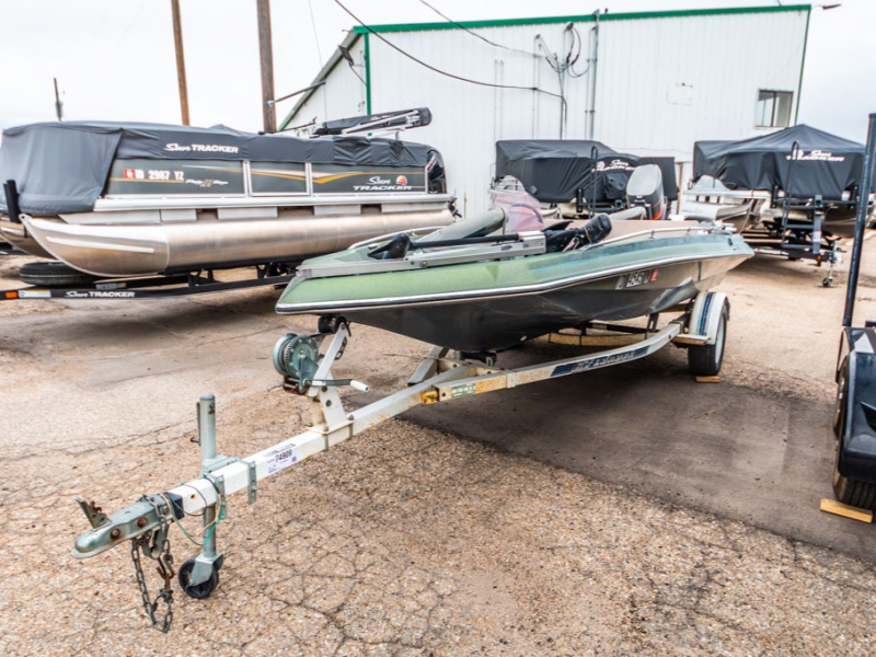 1989 Smoker Craft boat for sale, model of the boat is Smoker Craft 17 & Image # 3 of 11