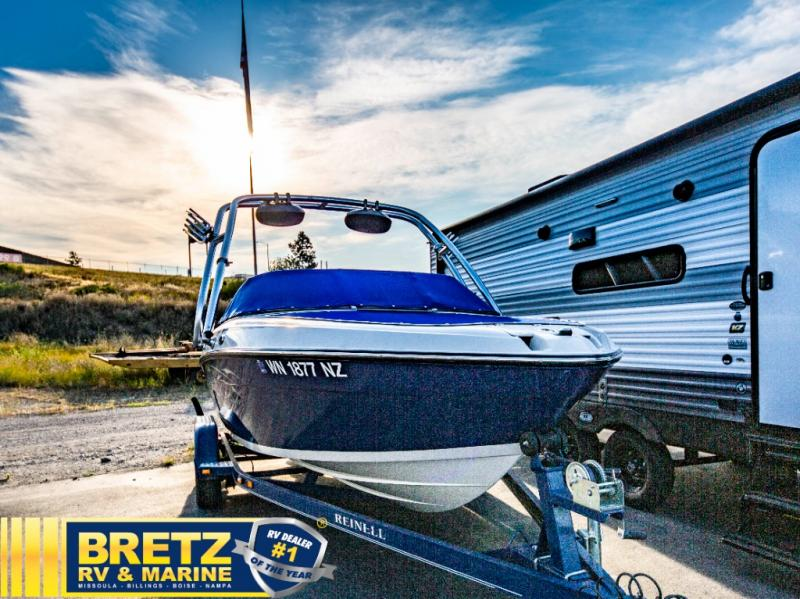 2009 Reinell boat for sale, model of the boat is Reinell 197LX & Image # 10 of 11