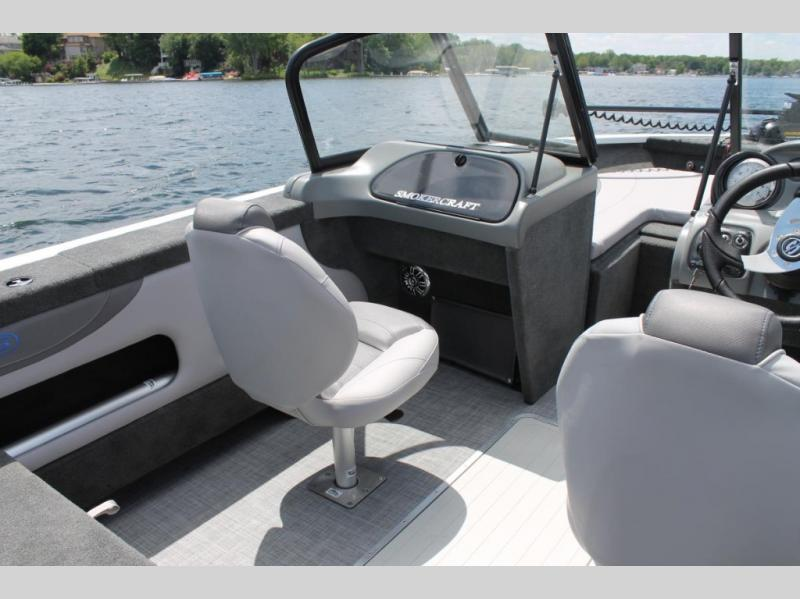 2021 Smoker Craft boat for sale, model of the boat is Ultima 182 & Image # 5 of 6
