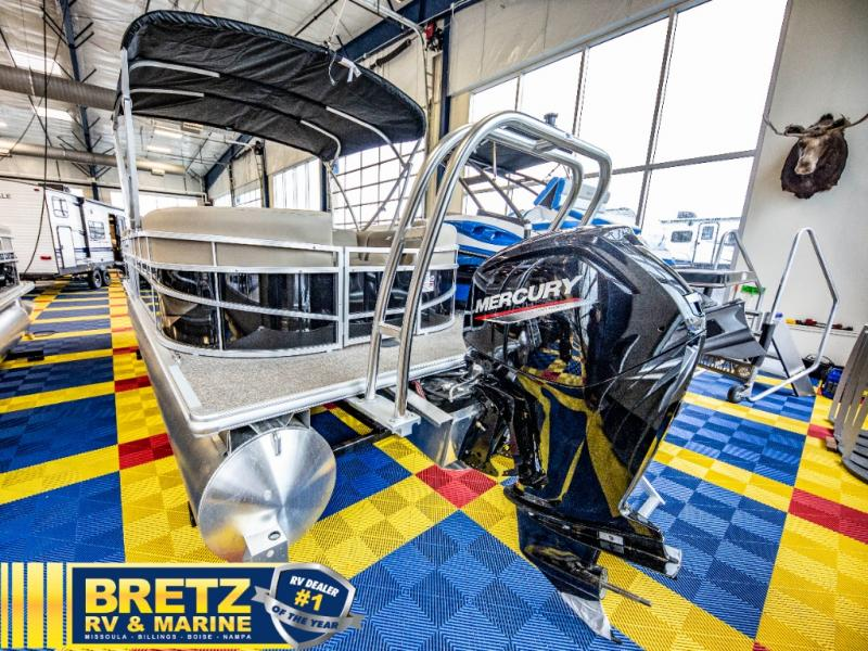 2021 Starcraft boat for sale, model of the boat is LX Series 22 R & Image # 7 of 16