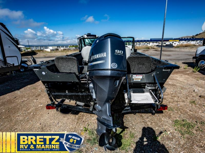 2013 Smoker Craft boat for sale, model of the boat is Pro Angler 172 & Image # 9 of 15