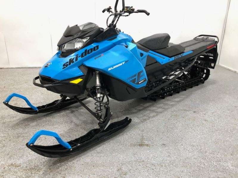2020 Ski Doo boat for sale, model of the boat is Summit 600 154 CCla & Image # 4 of 8