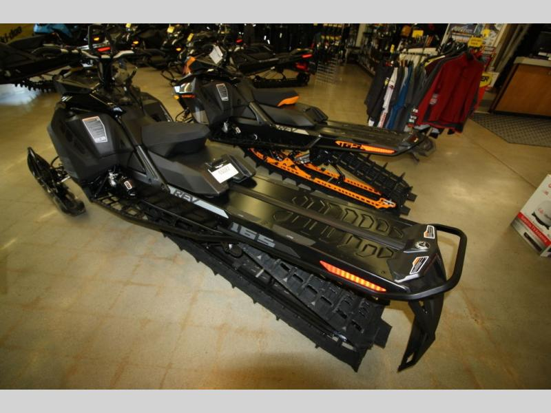 2020 Ski Doo boat for sale, model of the boat is SUMMIT SP 165 CFLD & Image # 6 of 8
