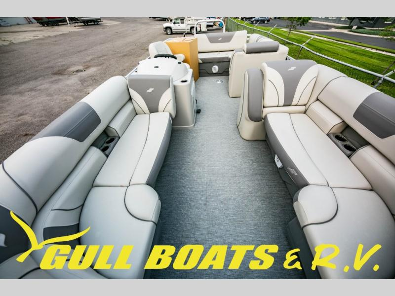 2021 Starcraft boat for sale, model of the boat is EX Series EX 24 Q & Image # 13 of 14