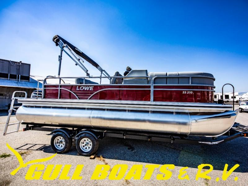 2021 Lowe boat for sale, model of the boat is SS Series SS210 CL & Image # 4 of 16
