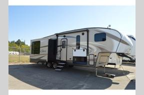 Used 2017 Keystone RV Cougar X-Lite 28SGS Photo
