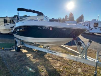 Used 2019 Chaparral Suncoast 191