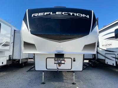 New 2021 Grand Design Reflection 28BH