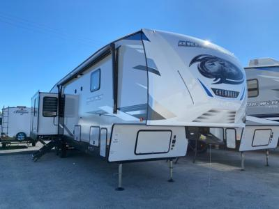 New 2021 Forest River RV Cherokee Arctic Wolf Suite 3660