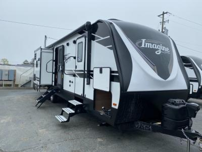 New 2021 Grand Design Imagine 3250BH
