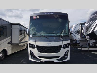 New 2020 Fleetwood RV Fortis 33HB