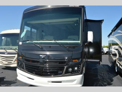 New 2019 Fleetwood RV Bounder 35K