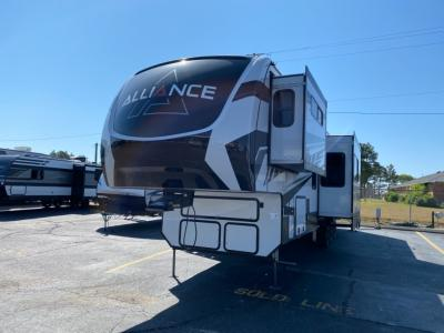 New 2021 Alliance RV Valor 40V13