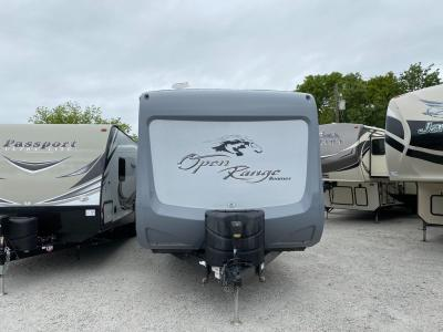 Used 2017 Highland Ridge RV Open Range Roamer RT323RLS