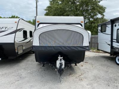Used 2018 Starcraft Launch Outfitter 7 17SB