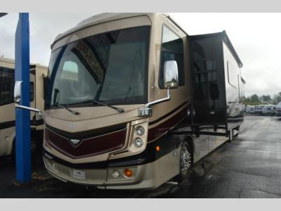 Used 2017 Fleetwood RV Discovery 39F