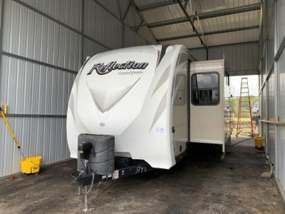 Used 2016 Grand Design Reflection 313RLTS